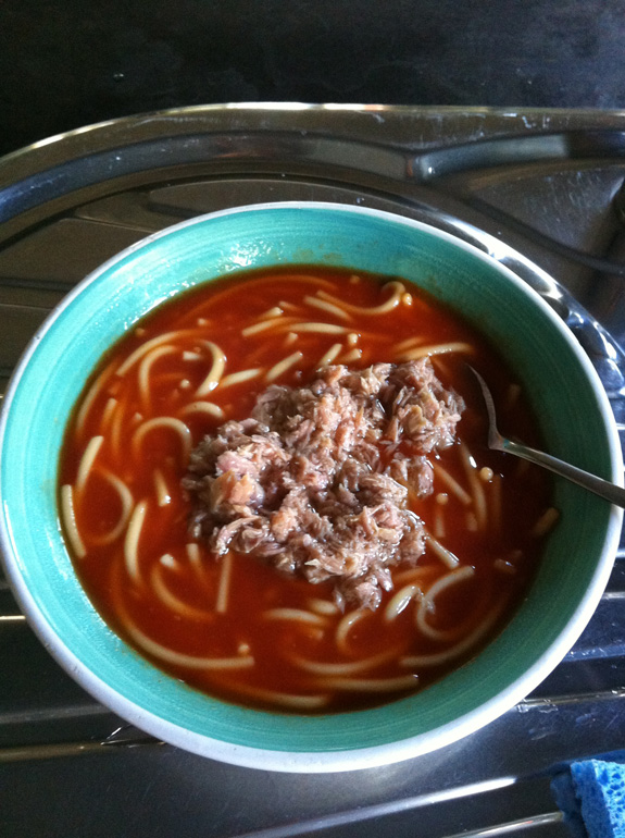 """""""This is my pre- or post-training meal if I'm in a rush, a can of spaghetti and a can of tuna. Carbs, protein and it's quick and easy to make/eat. Doesn't look too appealing but it tastes pretty good!"""""""