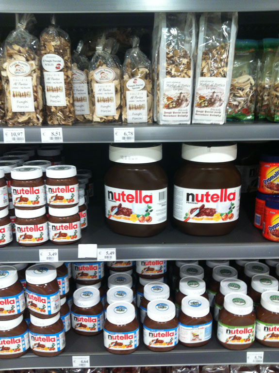 """""""5kg of Nutella anyone?"""""""