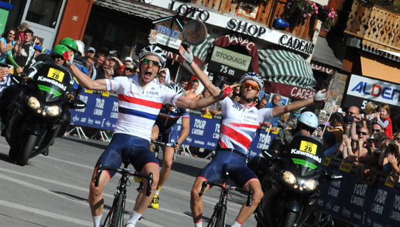 Simon Yates and Adam Yates finish first and second in a stage of the Tour de l'Avenir at Morzine. Photo: James Startt