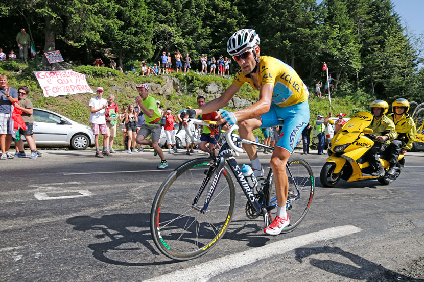 Vincenzo Nibali attacked the other title contenders with over six kilometres to go in stage 13. He'd ride the final three kilometres on his own before taking the victory 10 second ahead of Rafal Majka. Photo: Yuzuru Sunada