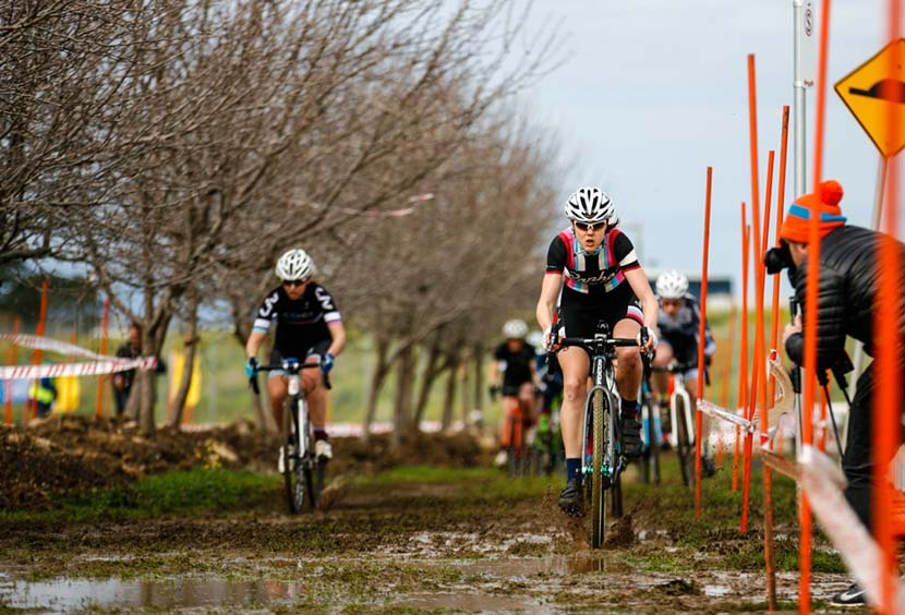 2016-Australian-National-Cyclocross-Championships-Elite-Women-(1)