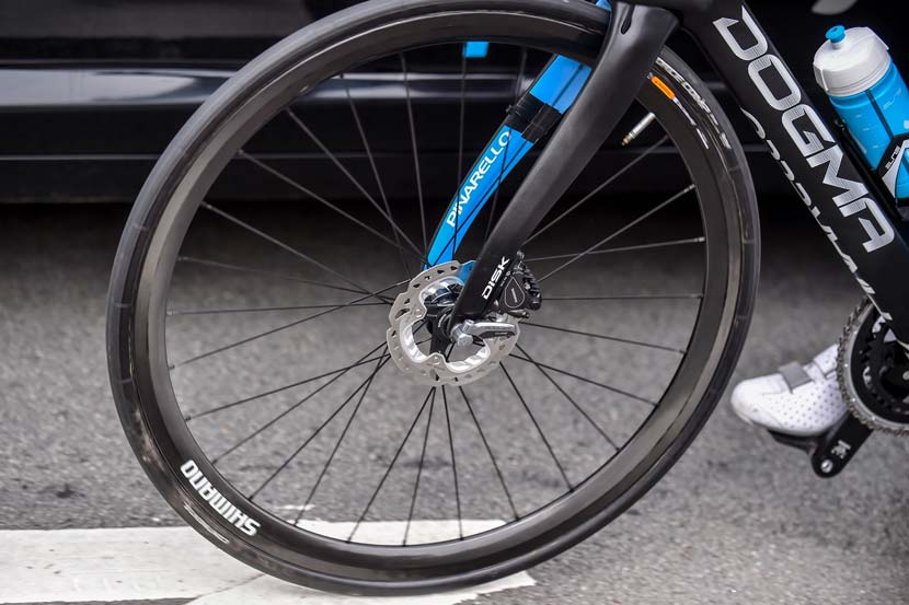 The Shimano RS805 system is a flat-mount caliper with a 140mm rotor. Photo: Graham Watson
