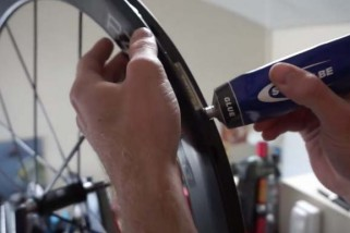 RIDE how to: glue tubular tyres
