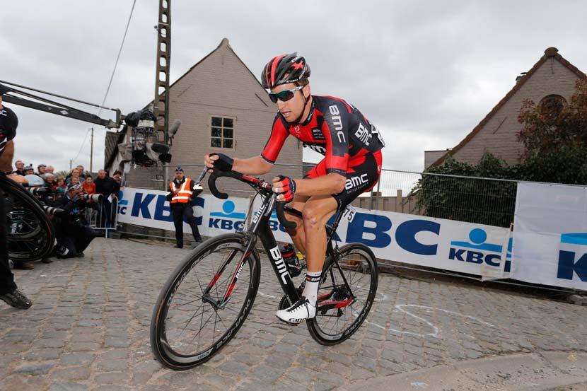 Phinney on the attack in the Ronde van Vlaanderen... Photo: Yuzuru Sunada