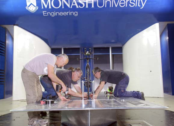 Into the wind (tunnel): a gallery from Monash University