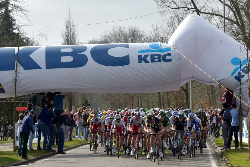 Structure down... again. One of the topics raised during this week's podcast: collapsing promotional structures. This was is from the mid-week Schelderprijs race. Photo: Graham Watson.
