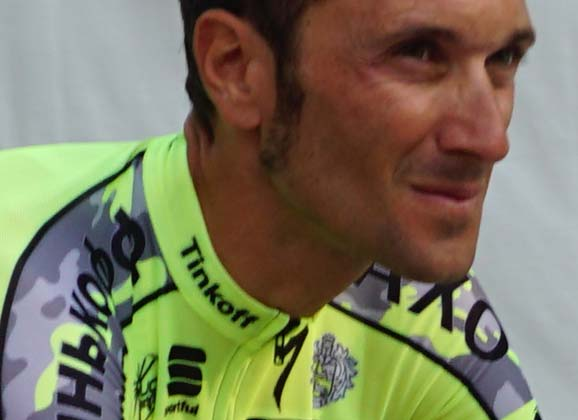 "Basso's ""bad announcement"" – diagnosed with testicular cancer"