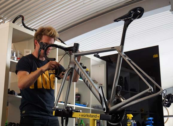 Canyon Ultimate SLX: workshop gallery