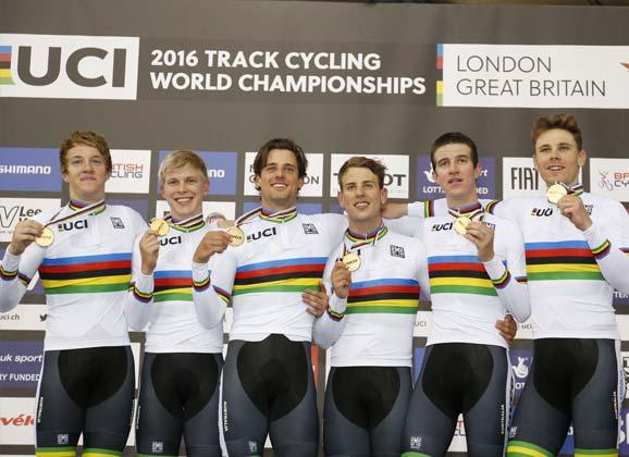 Gold to Australia's pursuit team in 3:52.727
