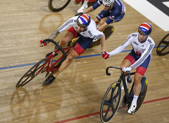 Perfect finish for track worlds: Cavendish and Wiggins 1st in the Madison