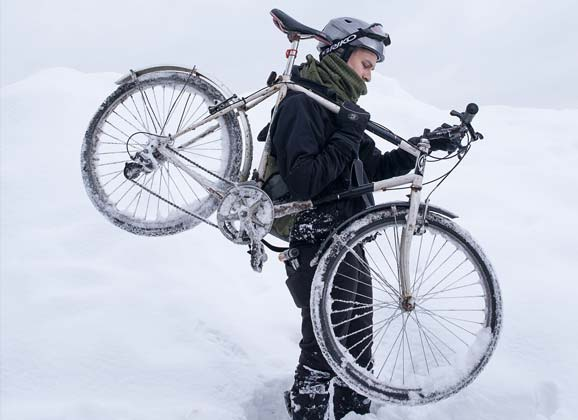 Cycling in Montreal: embracing winter
