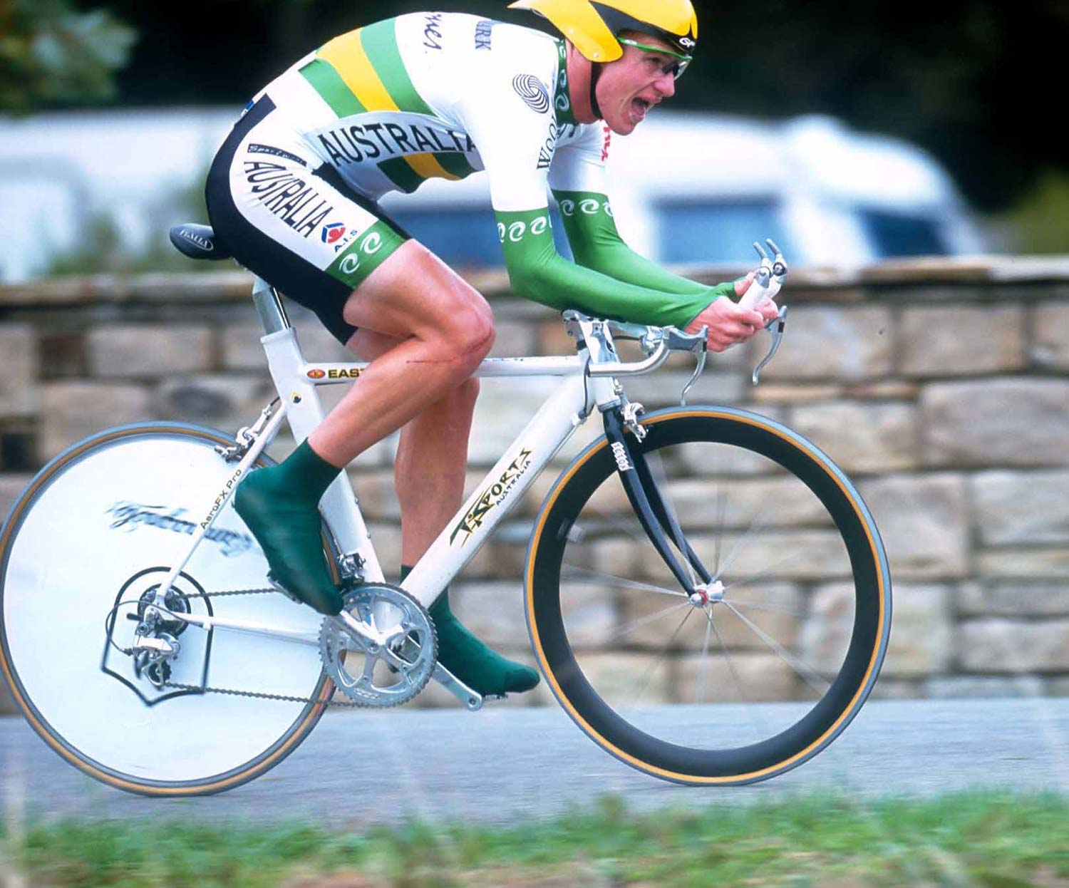 Racing to 3rd in the under-23 worlds in Plouay in 2000. Photo: Graham Watson