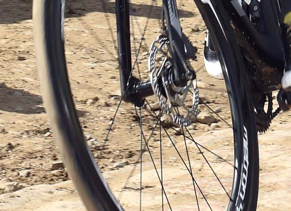 Disc brakes in the pro peloton: trial comes to a halt