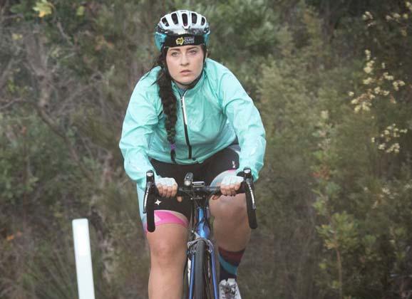 'Everesting' at Akuna Bay with Sheyleigh Walsh