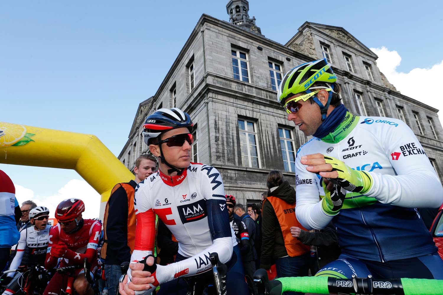 David Tanner and Michael Matthews at the start of the 51st edition of the Amstel Gold Race. Photo: Yuzuru Sunada