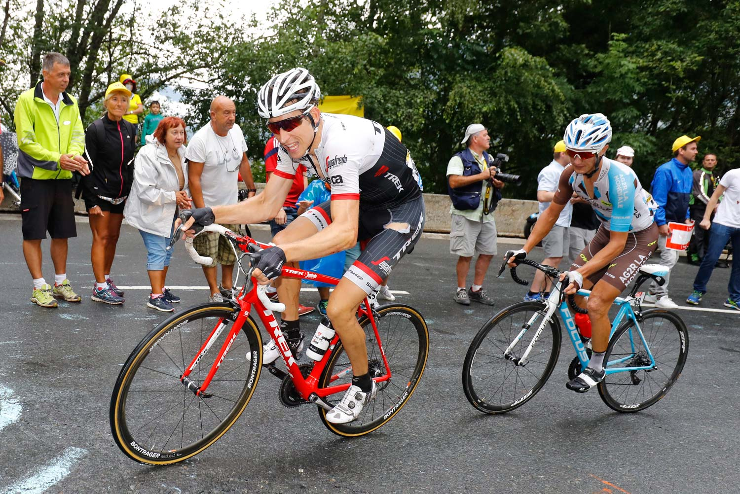 "Bauke Mollema slipped from second overall to 10th after finishing stage 19 in 23rd place, 4'23"" behind Romain Bardet... the heir apparent to the runner-up position. Photo: Graham Watson"