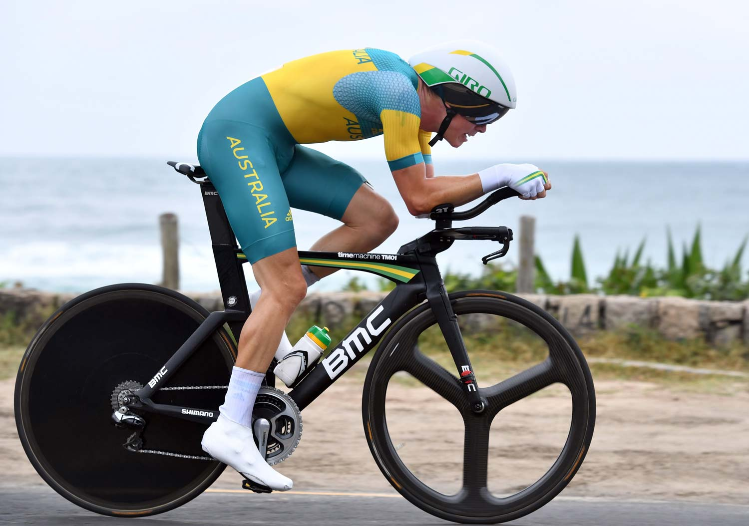 "Fifth place for Australia's Rohan Dennis... 1'10"" behind Cancellara. And this was done with a change of bike in the closing 15km because of broken aerobars.  Otherwise we see a standard set-up for the TT wizard, only that his TimeMachine TMR01 gets a green and gold colour scheme instead of the team-issue red. Photo: Graham Watson"