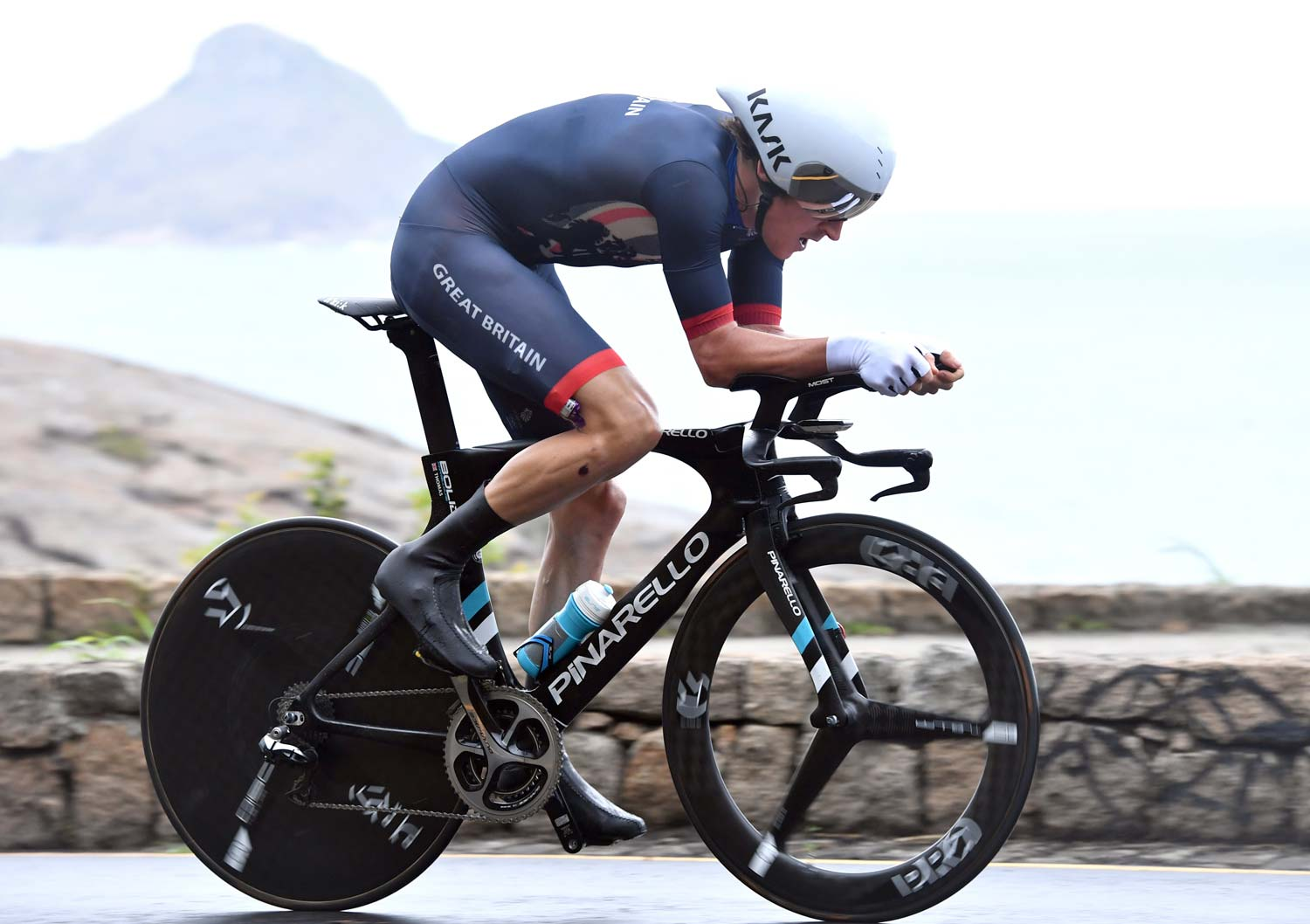 It looks like there's a bit of a change of shape for the TT bars of the Pinarello used by Geraint Thomas... And who needs any more of an excuse to run a photo of a bike like this? Photo: Graham Watson
