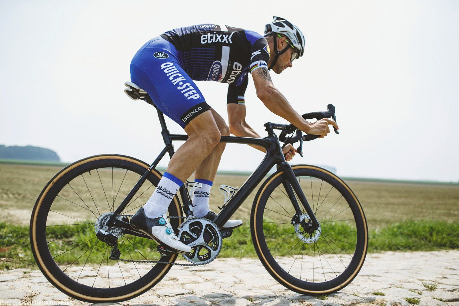 The  new  Specialized Roubaix  a road bike reimagined - Ride Media a3f91f3ea