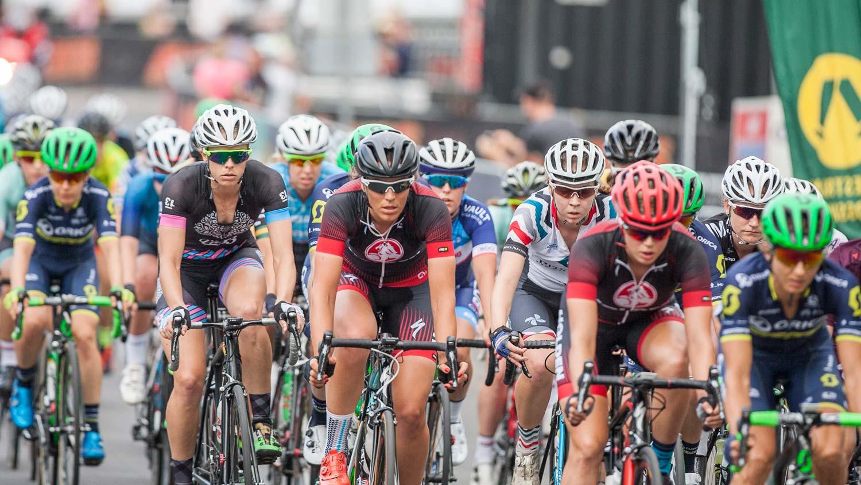 official 2017 tour de france race guide