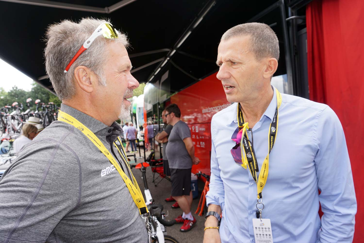 Jim Ochowicz and the CEO of ASO, Yann Le Moenner, at the Tour de France in 2016.
